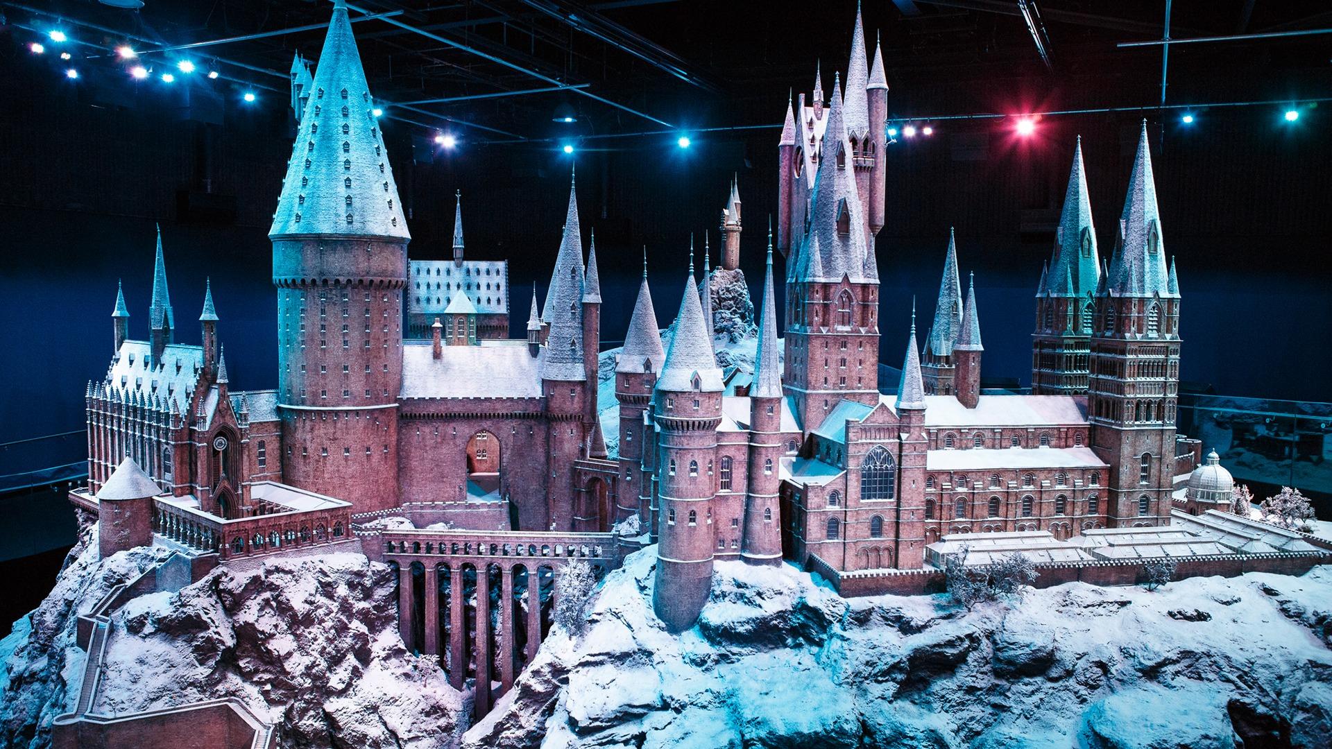 Video call background - Festive Hogwarts Castle